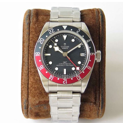 帝舵 Tudor 碧湾格林尼治型 Black Bay GMT M79830RB-0001